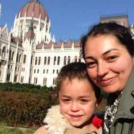 Larisa and Sebi with the Hungarian Parliament in the background.